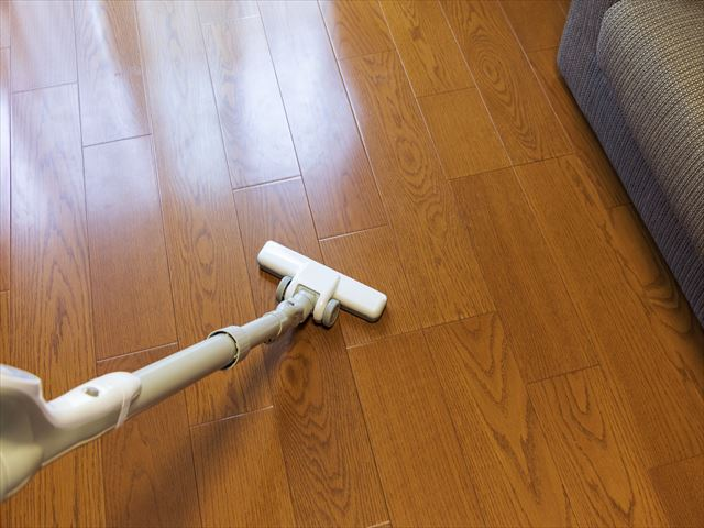 時間と手間ばっかりかかる「床掃除」を「時短」で終わらせるコツ